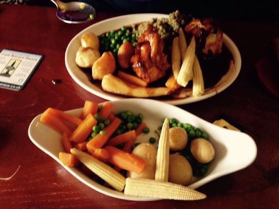 The Bluebell Inn: Sunday dinner the large size is truely amazing !! @ 9.99 each !! Lots of meat and veg really nic