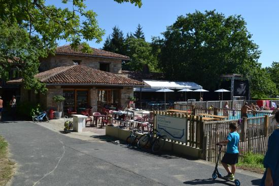 Restaurant picture of camping sunelia col d 39 ibardin for Hotels urrugne