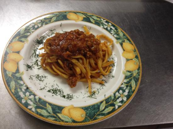 Trattoria Il Vicolo: Tagliatelle Salsiccia e Finocchietto Selvatico