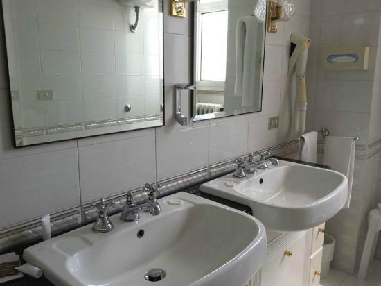 Hotel delle Palme : Il bagno