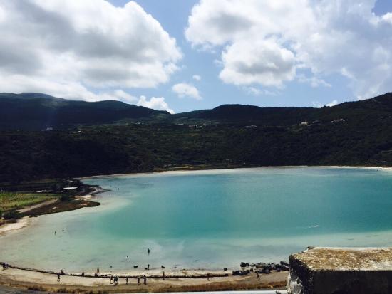 Il lago foto di lo specchio di venere pantelleria tripadvisor - Ristorante lago lo specchio ...