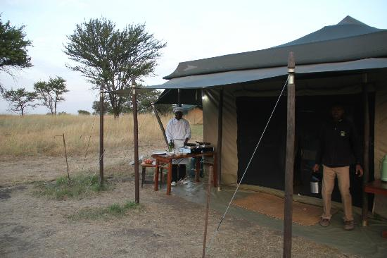 Mara Under Canvas Tented Camp: Breakfast