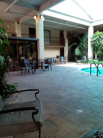 Ramada Odessa: indoor pool