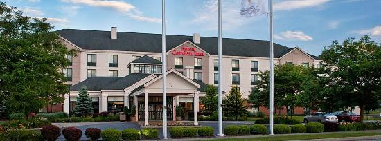 Hilton Garden Inn Poughkeepsie/Fishkill : Main Hotel Entrance