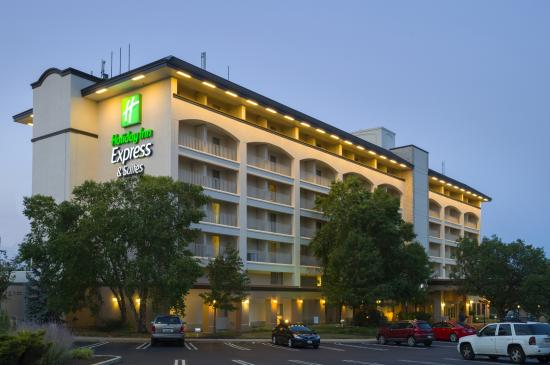 Holiday Inn Express King Of Prussia: Exterior