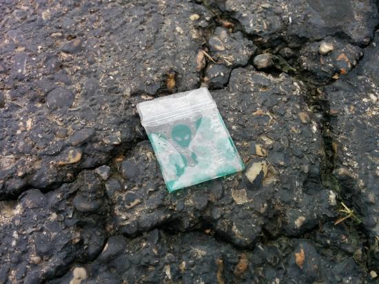 Days Inn & Suites Columbus East Airport: Drug baggie found in parking lot