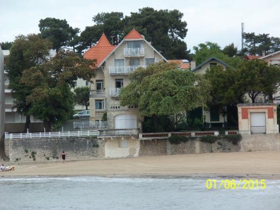 Lagrange classic residence le phalene saint palais sur for Hotel appart royan
