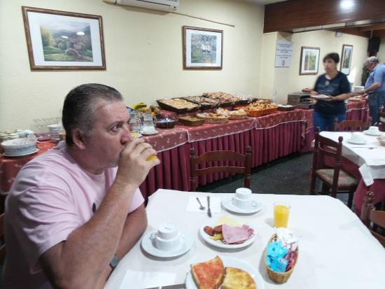 Husa Urogallo : desayuno expectacular