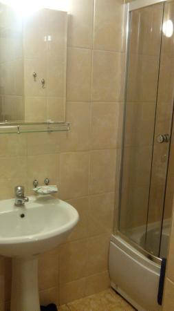 Matrix: Ванная в номере