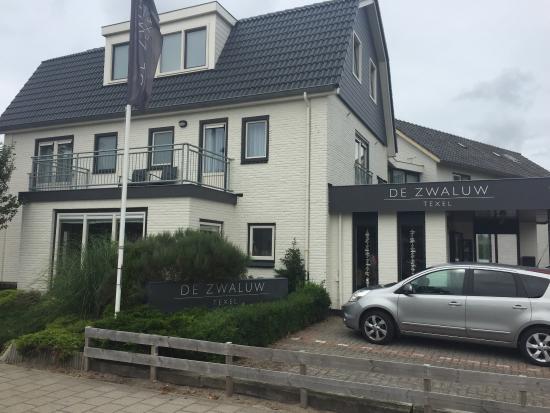 De Zwaluw Hotel-Bar-Appartementen