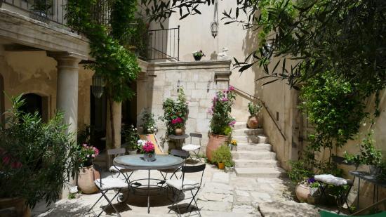 Maison Saint Remy d'Isidore