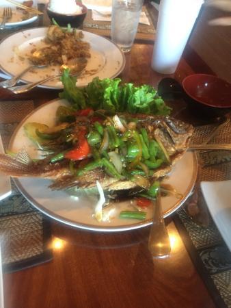 Lucki Thai