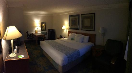 Nacogdoches, TX: Room with King Bed