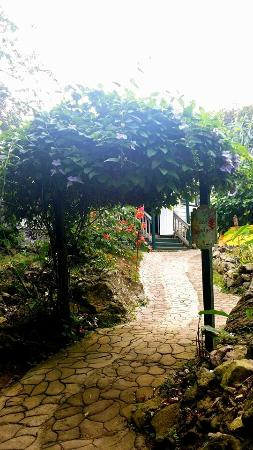 Ecolodge Rendez-Vous: entrance