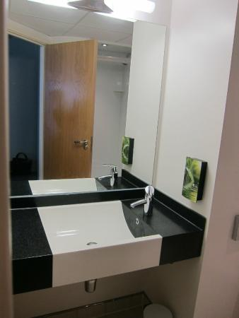 Modern spotless bathroom picture of premier inn dublin airport hotel swords tripadvisor Premiere bathroom design reviews