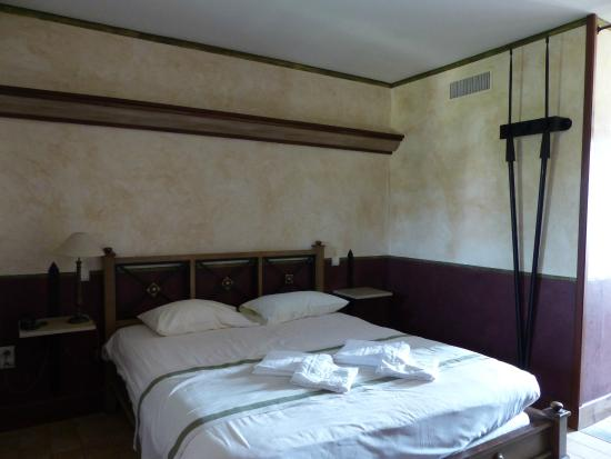 chambre villa gallo romaine picture of le puy du fou les epesses tripadvisor. Black Bedroom Furniture Sets. Home Design Ideas