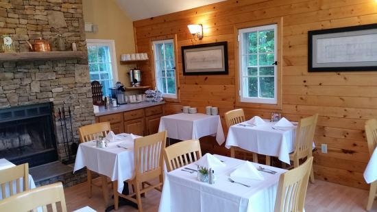 Swanton, MD: Breakfast Room