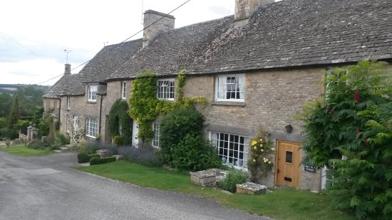 Great Rissington, UK: More nearby Cotswold houses