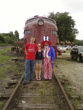 Iron Mountain Railway: July 6th patriotic train