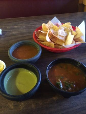3 Salsas Mexican Restaurant