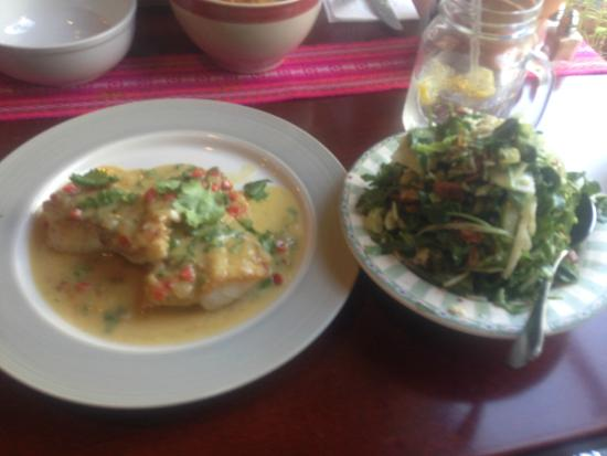Mikuna Kitchen: My wifes Fish Special w/ side Gem Salad