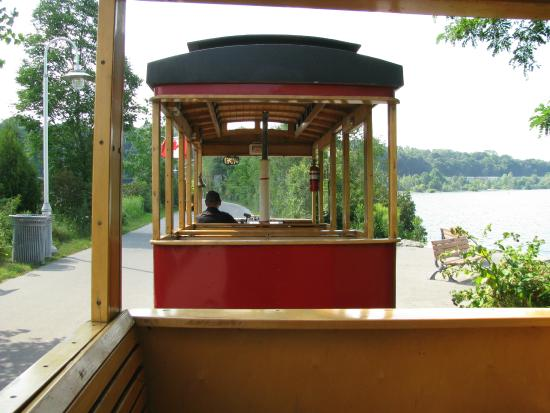 The Hamilton Waterfront Trolley