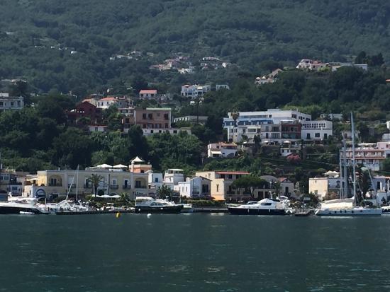 West Coast Boat Rentals: Mar Tirreno