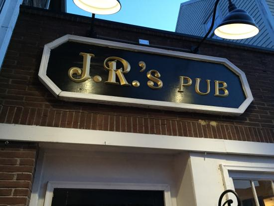 JR's Past-Time Pub