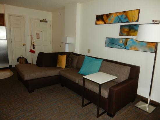 Residence Inn Washington, DC/Dupont Circle : comfy seating area
