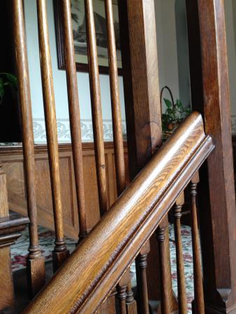 Alma, MI: Inn stairs