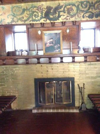 Alma, MI: Fireplace, lower level