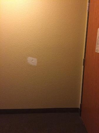 Sleep Inn & Suites: Patch attempt