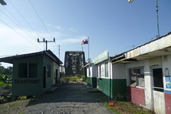Sixaola, Kostaryka: El puente desde el lado panameño