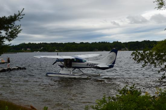 Lakes Region Seaplane Services: Dave's plane