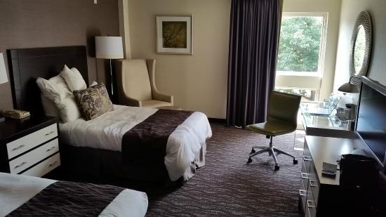 Radisson Hotel at Cross Keys: Room 328
