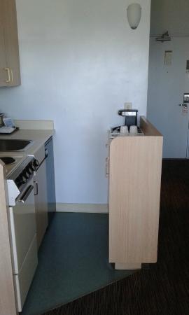 La Jolla Cove Hotel & Suites: Queen Studio-kitchen