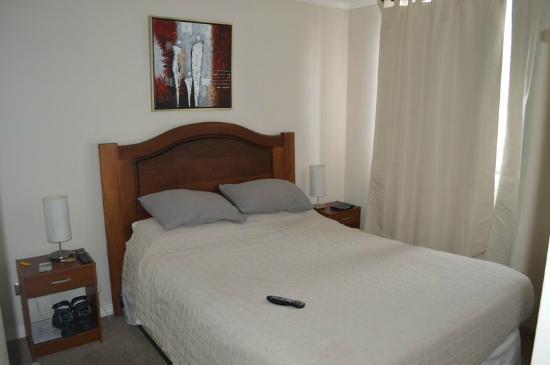 Vista De Un Dormitorio Picture Of Apart Hotel San Francisco Santiago Tripadvisor