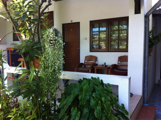 Lamoon Lamai House: balcon in front of the room
