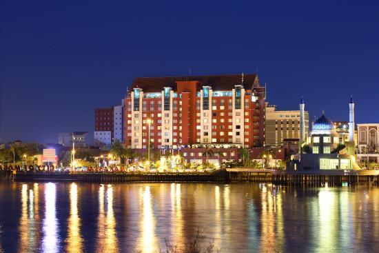 Photo of Hotel Aryaduta Makassar