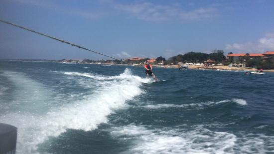 Wibisana Marine Adventures: Had a fun day doing watersports here. Flyboards are amazing.