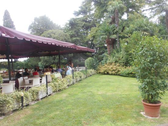 Il giardino foto di villa eire sona tripadvisor - Il giardino di mezzanotte ...