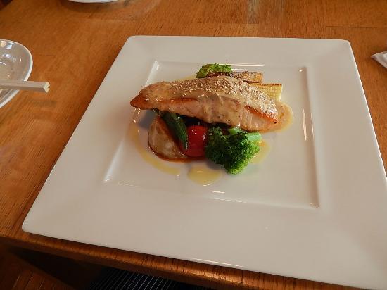 Wine Terrace : 魚料理