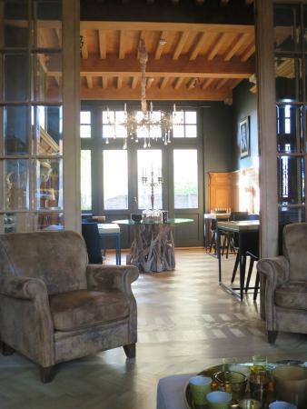 Charming Brugge: Breakfast room