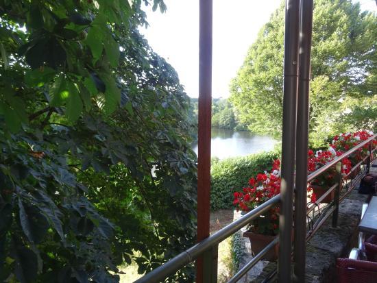 Terrace picture of relais des archers tiffauges for Tiffauges restaurant