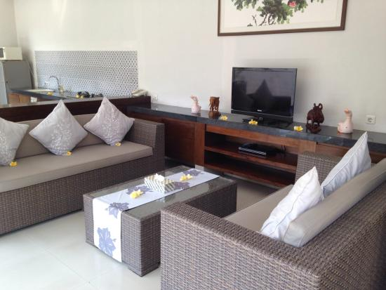 Heliconia Villas: Open air living