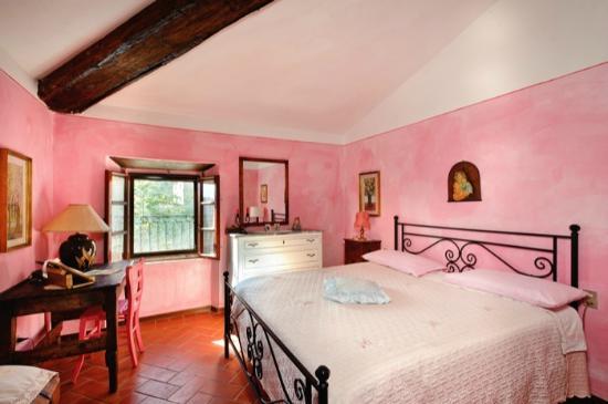 Azienda Turistica Borgo Vallesanta