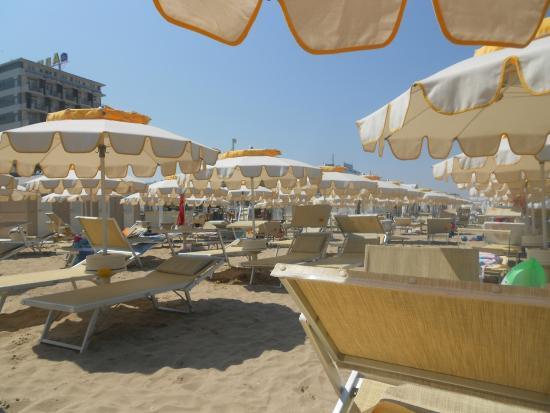 Spiaggia picture of bagno 70 riccione tripadvisor