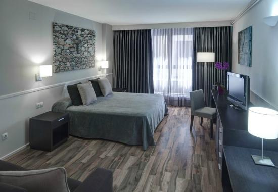 Hotel Exe Prisma: Habitación