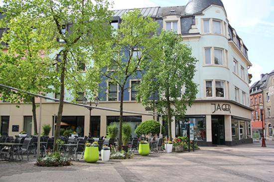 RESTAURANT LE RESTO : Terrasse des Restaurants Le Resto