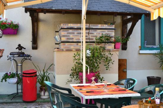 Selles-sur-Cher, Francia: VUE EXTERIEURE DU FOUR